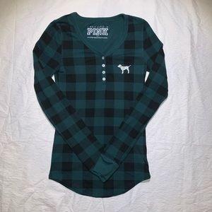 VS PINK Green Plaid Thermal Long Sleeve Shirt